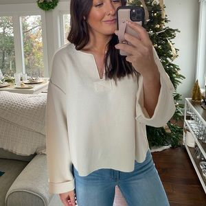 Cropped oversized top